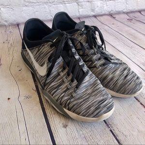 NIKE Black / White Sneakers Size 10